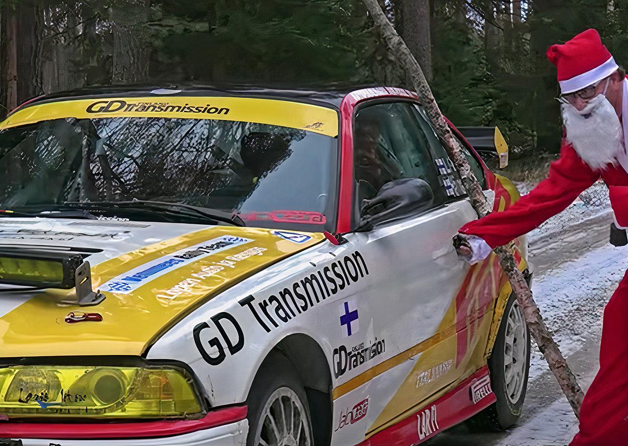 Santa 400HP Rally Car