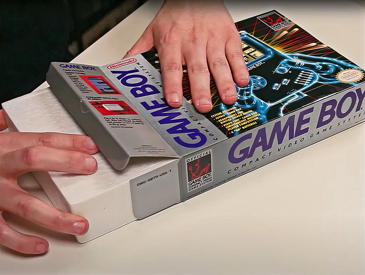 Sealed Nintendo Game Boy 1989 Unboxing