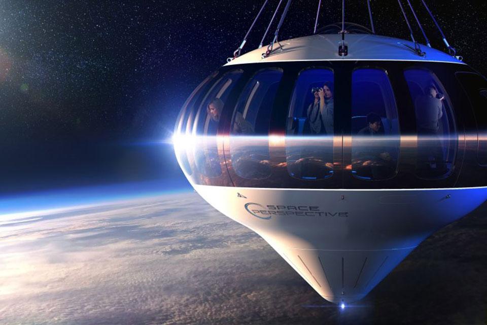 Spaceship Neptune Balloon Capsule