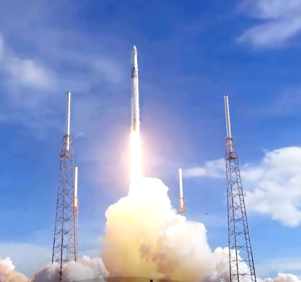 SpaceX Dragon Falcon 9 ISS