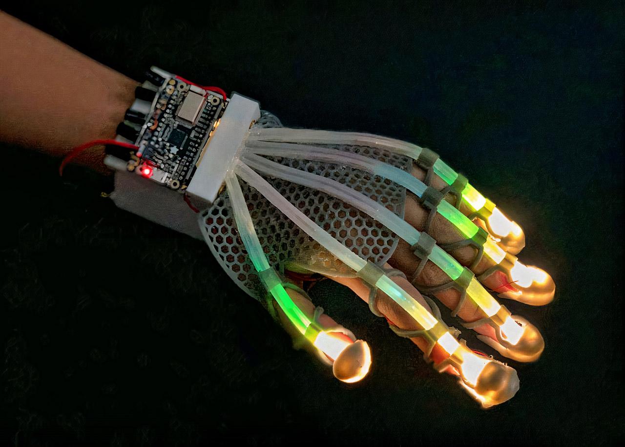 Stretchable Sensor Robot Virtual Reality