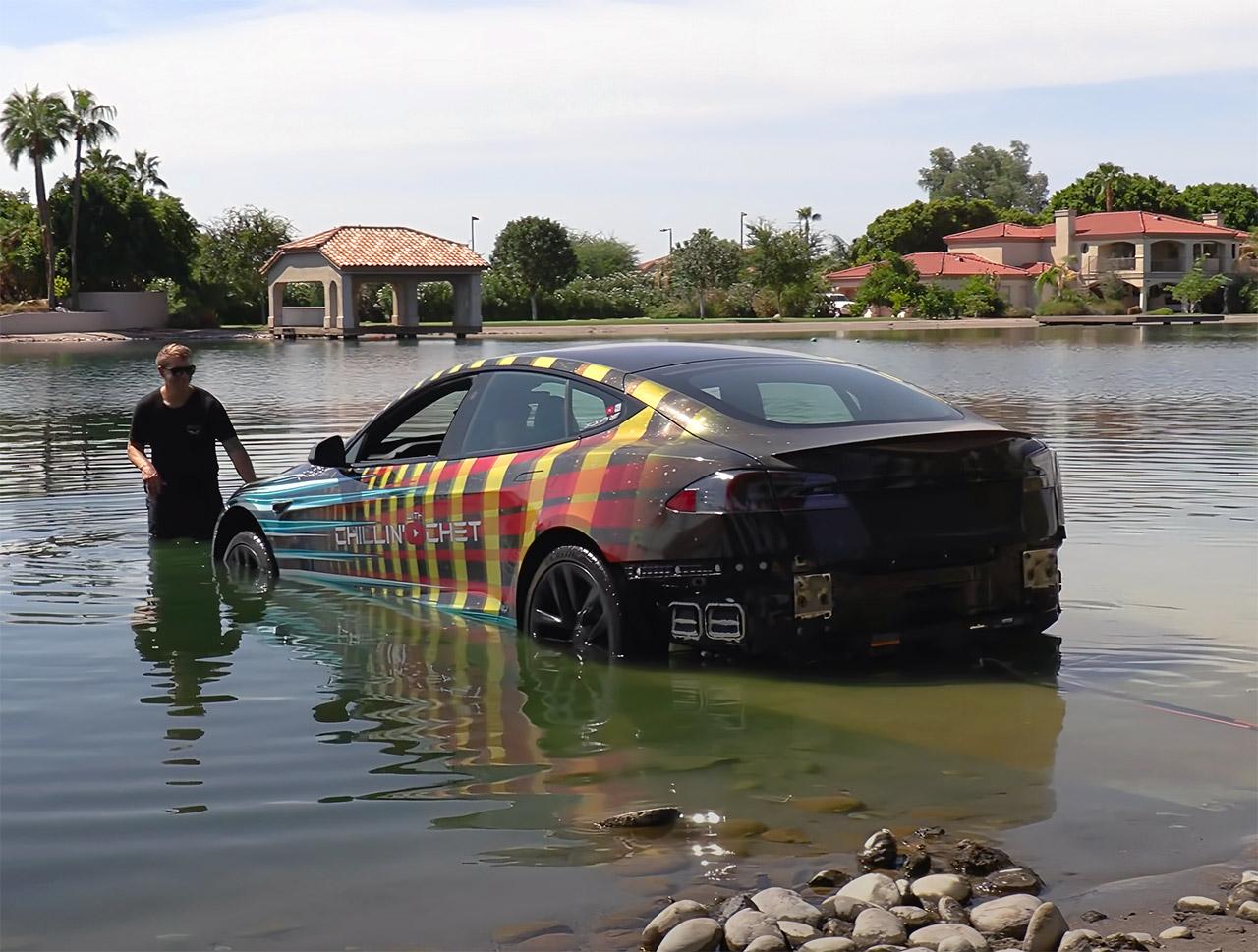 Tesla Model S Plaid Underwater