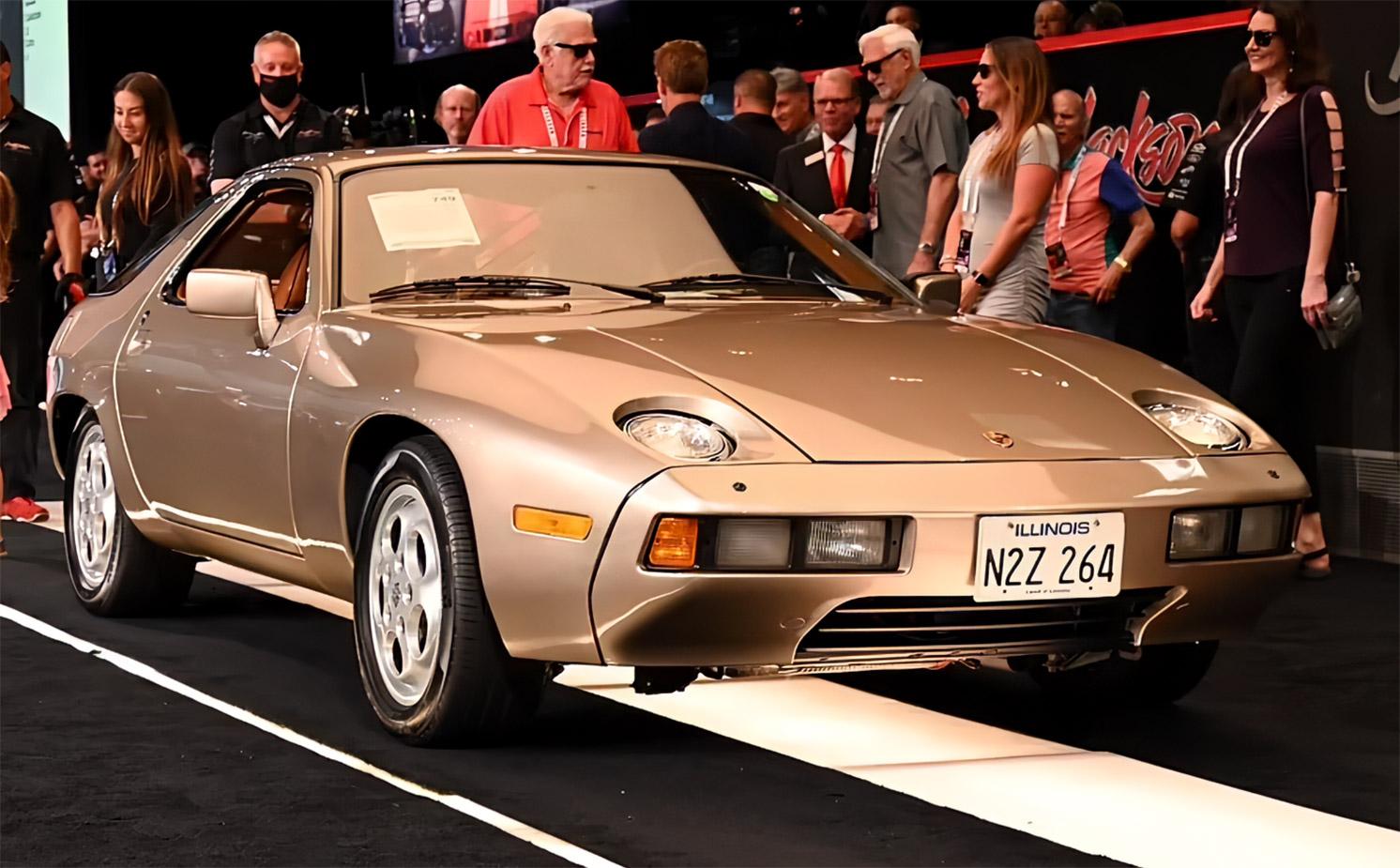 Tom Cruise Porsche 928 Risky Business Movie Barrett-Jackson