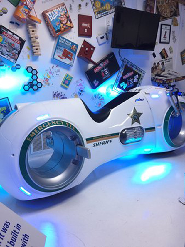 TRON Police Light Cycle Motorcycle
