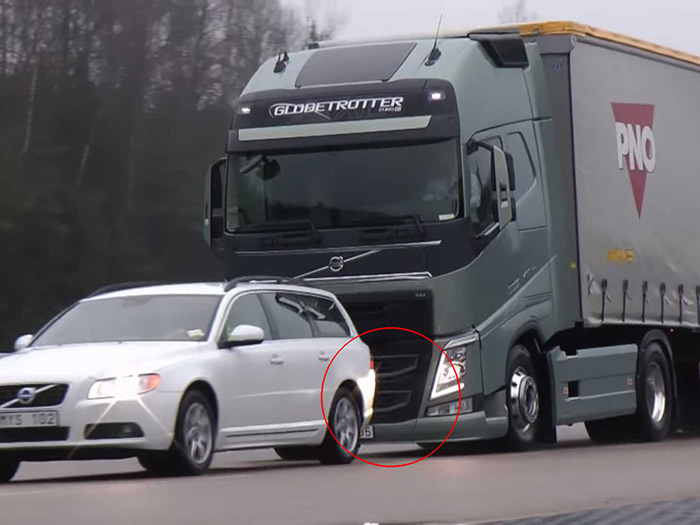 Volvo New Truck Braking System