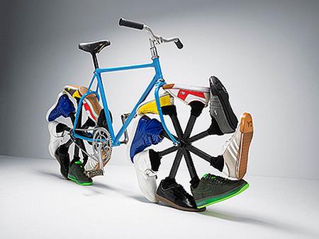 http://media.techeblog.com/images/wakingbike.jpg