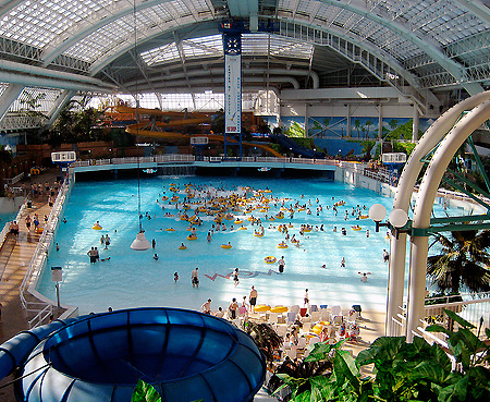 Feature The World 39 S Largest Indoor Waterparks Techeblog