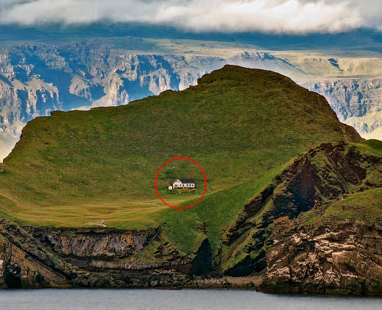 World's Lonelist House Iceland Island
